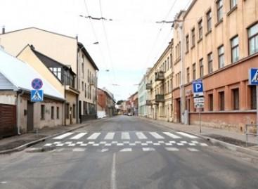 Atnaujinta viena iš pavojingiausių pėsčiųjų perėjų Kaune
