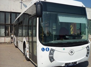 Telšiams ir Marijampolei skirti hibridiniai autobusai – jau Lietuvoje