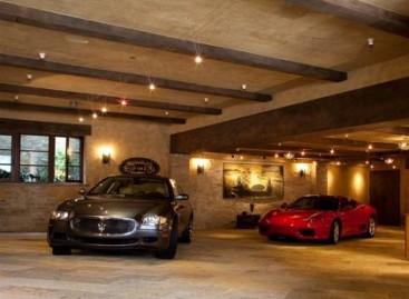 Garažas – mylimai transporto priemonei