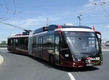 Kaip suderinti autobuso ir tramvajaus privalumus?