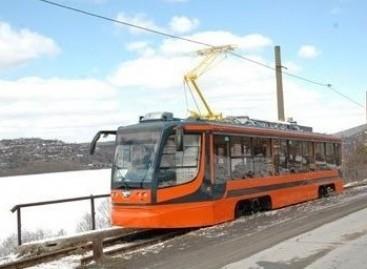 Į Daugpilį atvyko nauji tramvajai