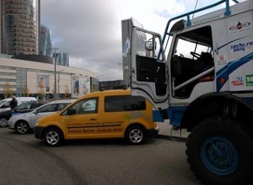 Gamtinėmis dujomis varomų automobilių karavanas užsuko į Lietuvą