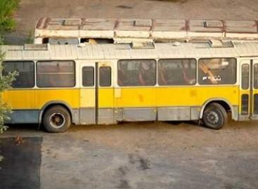 """Keleivinių transporto priemonių """"kapinės"""""""