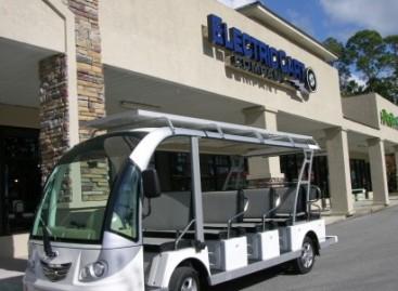 """""""Electric Cart Company"""" pristato Saulės autobusą"""