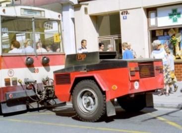 Troleibusas… su generatoriumi priekaboje