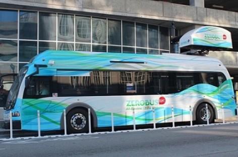 JAV populiarėja elektriniai autobusai