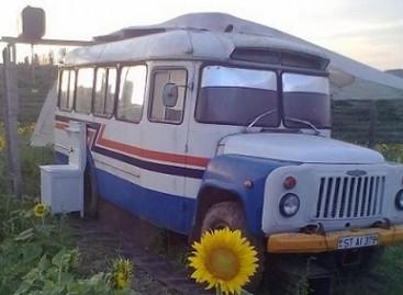 Moldavų meistrų įrengti namai ant ratų