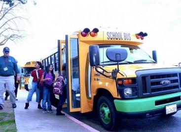 Pirmasis mokyklinis elektrinis autobusas veža Kalifornijos moksleivius