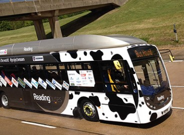 Karvių mėšlu varomas autobusas pasiekė greičio rekordą