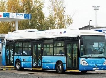 """Vandenilinis """"Škoda TiHyBus"""""""