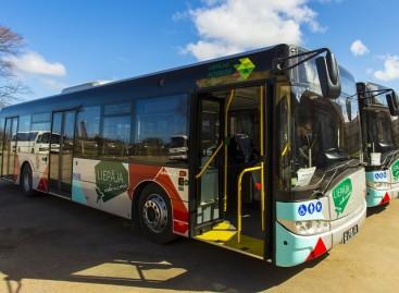 """Liepojoje – nauji """"Solaris"""" autobusai"""
