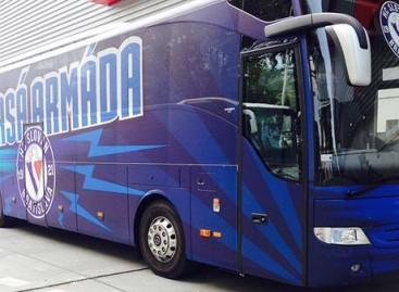 Bratislavos futbolo klubas pademonstravo naują autobusą