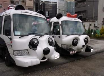 """Tokijuje – nemokami """"pandų"""" autobusai"""