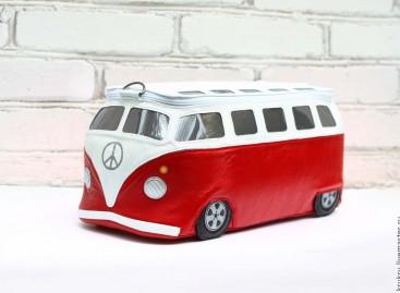 Variacijos hipių autobusiuko tema