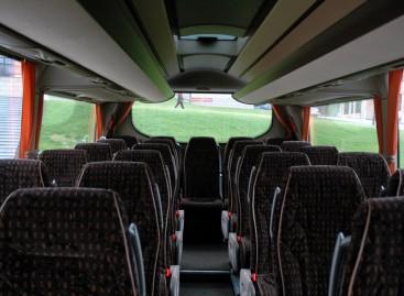 """""""Simple Express"""" autobusai už vieną eurą veža į aštuoniolika miestų"""