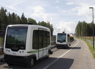 Į Nyderlandų kelius išvažiuoja bepiločiai autobusai