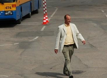"""Bendrovės """"Vilniaus viešasis transportas"""" vadovas traukiasi iš pareigų"""