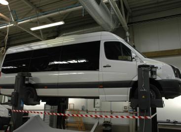 """""""Altas komercinis transportas"""" Kortrijke pristatys hibridinį mikroautobusą"""