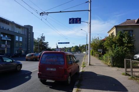 Kas kaltas: autobusas ar primirštos Kelių eismo taisyklės?