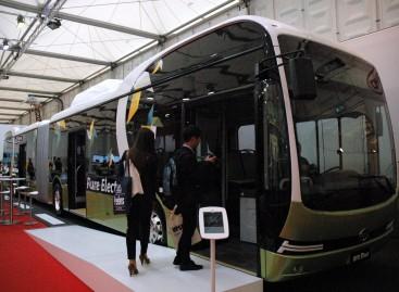 """""""Busworld Europe"""" – ir Saulės energija varomas autobusas"""