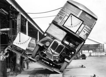 Ar dviaukščiai autobusai mažiau stabilūs kelyje?
