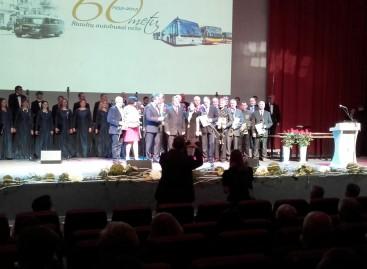 """""""Busturas"""" atšventė 60-ties metų jubiliejų"""