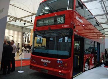 """""""Busworld Europe 2015"""" pristatytas pirmasis pasaulyje dviaukštis elektrinis autobusas"""