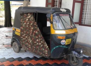 Indijos mokykliniai autobusai