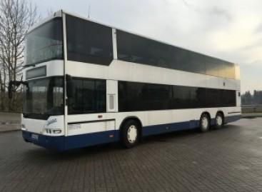 Šiauliuose pirmą kartą keleivius veš dviaukštis autobusas
