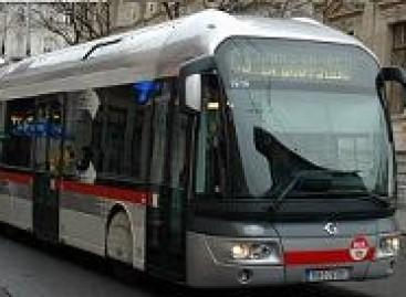 Kodėl Budapešte troleibusų maršrutų numeriai prasideda nuo 70?