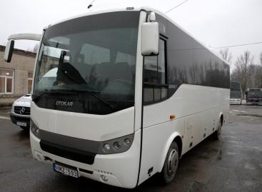 """""""Busturo"""" darbuotojai pagelbėjo avariją patyrusio autobuso keleiviams"""