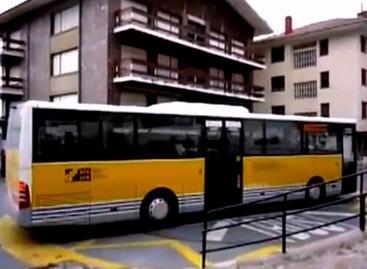 Kaip apsukti autobusą, jei galinėje stotelėje nėra vietos?