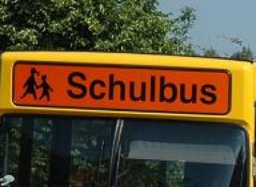 Vaikai tikrins mokyklinius autobusus