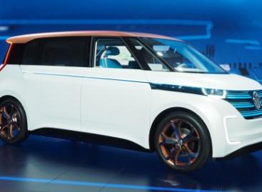 """""""Volkswagen"""" pristatė elektrinį mikroautobusą"""