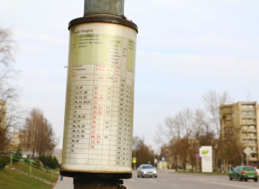 Alytaus miesto autobusų stotelėse – atnaujinti grafikai