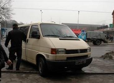 Identifikuoti keleivių pavėžėjimo paslaugas teikiančius asmeninius automobilius – sudėtinga