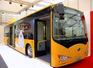 Kinietiški elektriniai autobusai važinės Sankt Peterburge