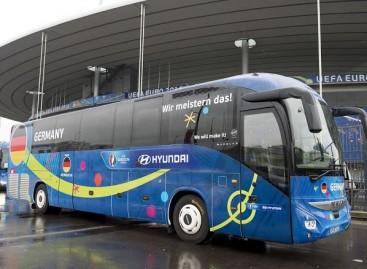 """""""Continental"""" Europos futbolo čempionatui sukūrė specialias autobusų padangas"""