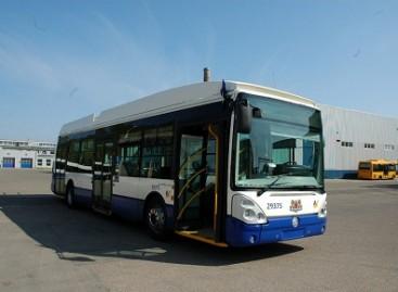Prahoje bus nupirkta 500 naujų autobusų su kondicionieriais