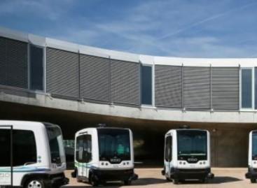 Japonijoje keleivius veš bepiločiai autobusai (video)