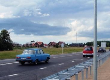 Atidarytas rekonstruotas kelias į Šakius
