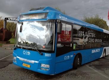 "Paryžius renkasi ""Ebusco"" elektrinius autobusus"