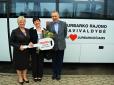 """Jurbarkiečiai jau dešimtį metų renkasi """"Isuzu"""" autobusus"""