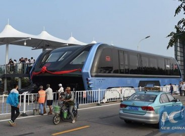 Kinijoje pristatytas ateities autobusas – klastotė?