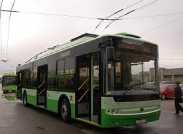 Ukrainos miestai žada šiemet žada įsigyti naujų autobusų bei troleibusų