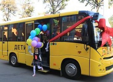 MAZ gamins padidinto pravažumo mokyklinius autobusus