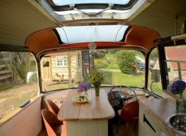 Šeimos namai – autobuse