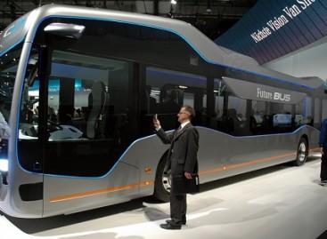 """Mercedes-Benz"" stende Hanoveryje – ateities autobusas"