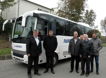 Rokiškėnai susipažino su naujais Panevėžio autobusų parko eksploatuojamais autobusais