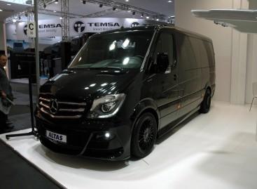 """""""ALTAS komercinis transportas"""" pirmasis Lietuvoje pripažintas tiesioginiu """"Mercedes-Benz"""" verslo partneriu"""